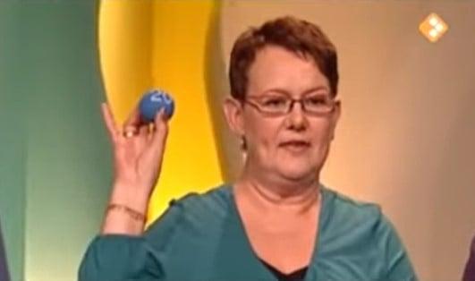 Lingo televisie vrouw bal