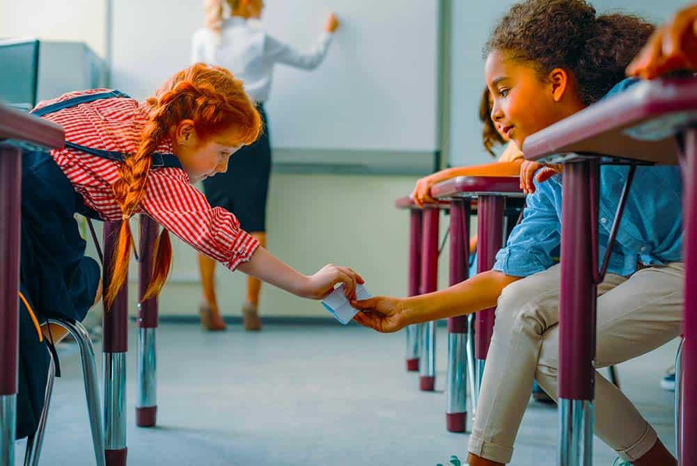 Verkering vragen briefje klas doorgeven