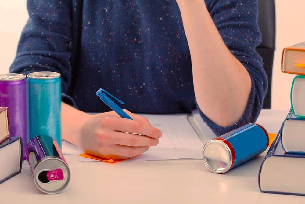 Studeren koffie energy drink examen