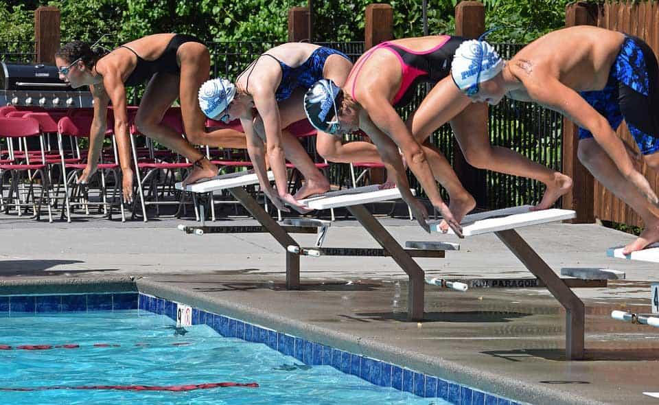 Wedstrijdzwemmen vroeger zwembad