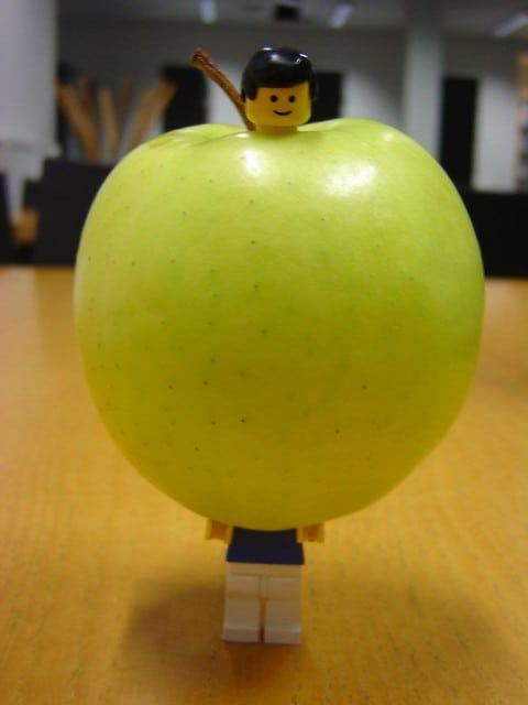Adamsappel lego mannetje poppetje speelgoed