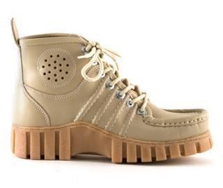 Hedendaags 17 schoenen die je vroeger droeg, maar nu nooit meer zou dragen JX-99