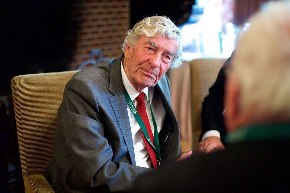 Ruud Lubbers, minister president van onze jeugd stierf vandaag. Ruud Lubbers in memoriam