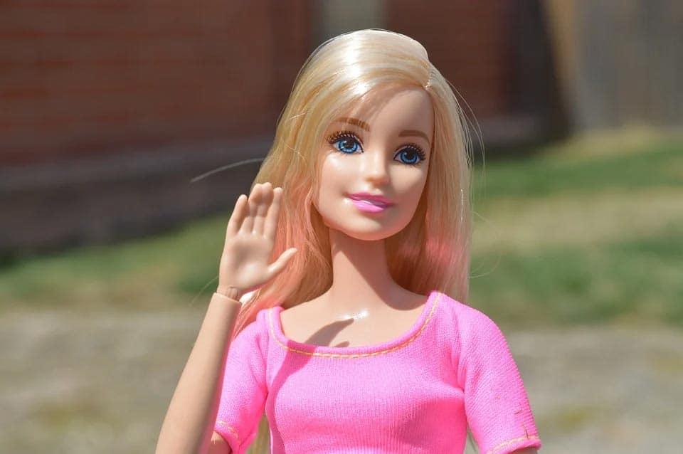 Barbie zwaaien daag SYL