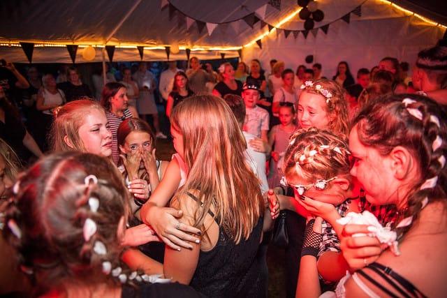 Eindfeest laatste jaar basisschool schoolfeest