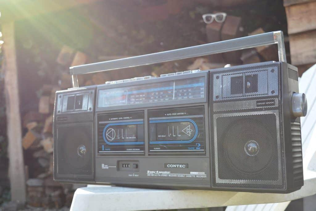 Cassette speler muziek luisteren vroeger