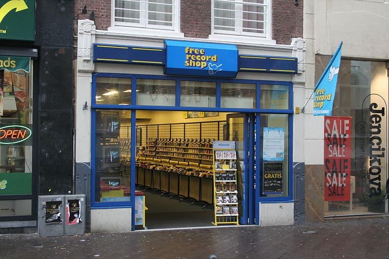 Free Record schop winkel vroeger straatbeeld veranderd