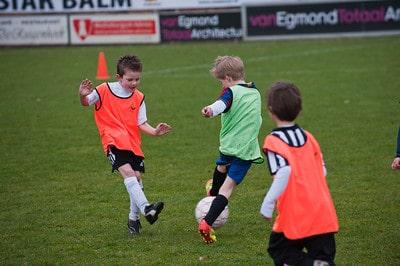 Voetbal vroeger jeugd herinneringen