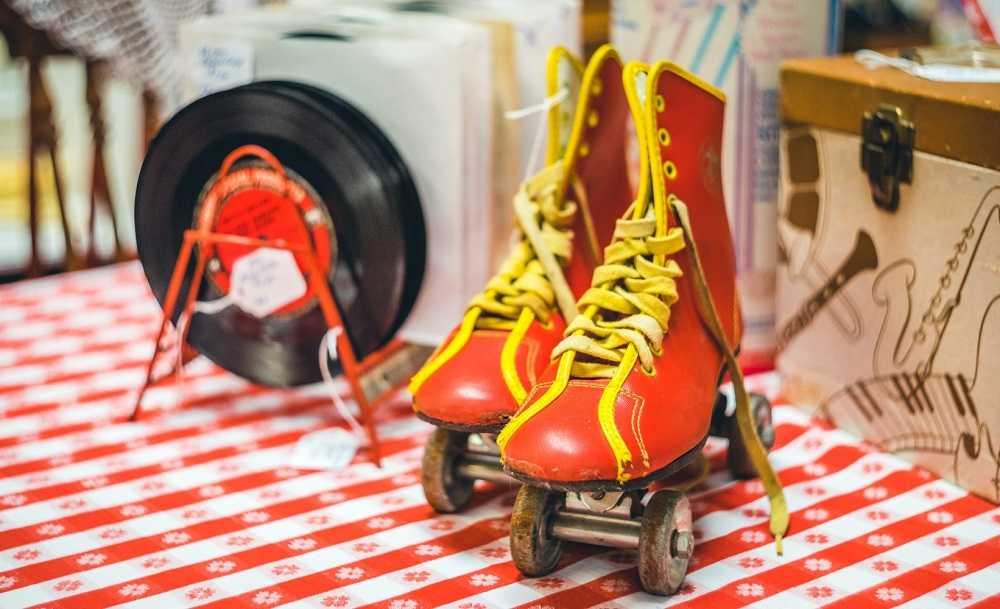 Rolschaatsen vroeger buitenspelen