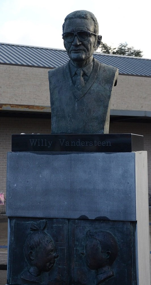Borstbeeld_Willy_Vandersteen