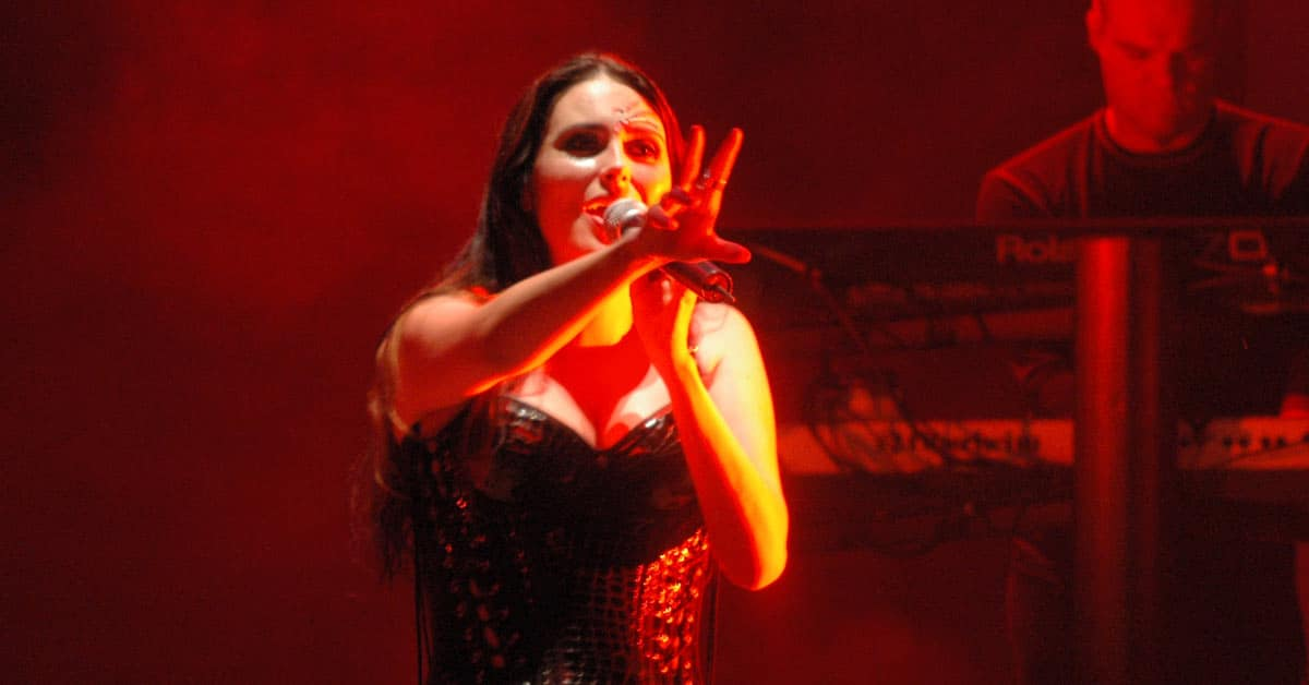 Within temptation metal band feat